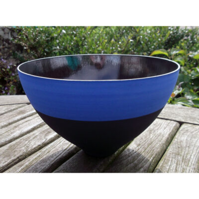 blue black vessels