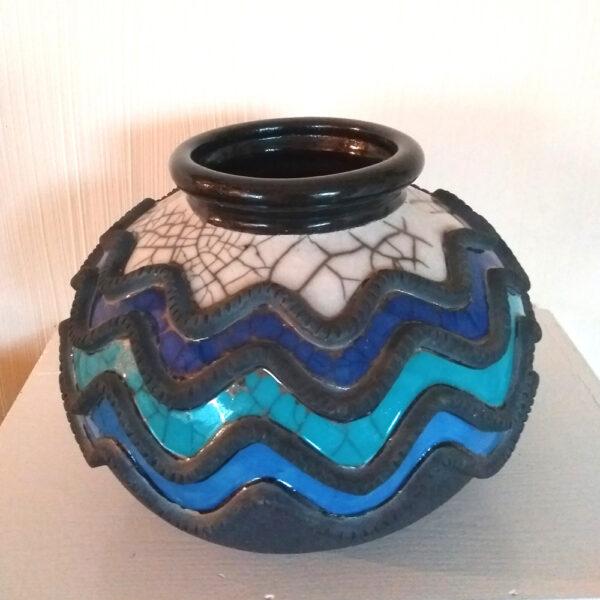 blue wiggly pot
